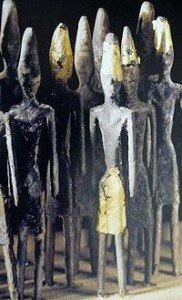 Qu'est-ce que le collectif Ashtar dans TRANSITION vers le FUTUR 200px-Phoenician_statuettes-182x300