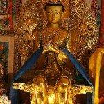 Incarnation de Maitreya dans ENSEIGNEMENTS de MAITREYA 250px-maitreya_statue1-150x150