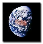 T-shirts blancs et T-shirts noirs dans Les MESSAGERS de l'AUBE terre_wicca
