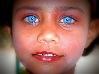 asian-people-with-blue-eyes15