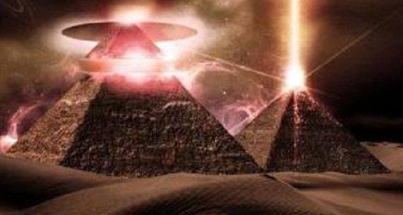 2 Pyramides